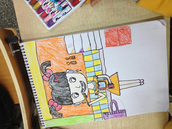 """2013年11月17日龙岗小学一年级二班展开了一次""""讲文明,讲卫生""""的绘画图片"""