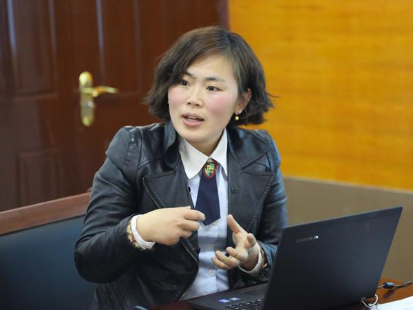 青草地幼儿园李清老师积极分享案例《分豆子》